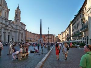 Rome_Piazza_Navona_300