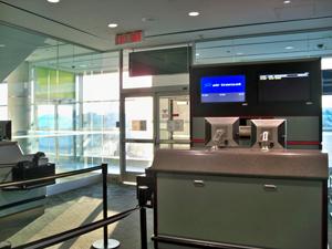 Toronto_Departure_Terminal_300