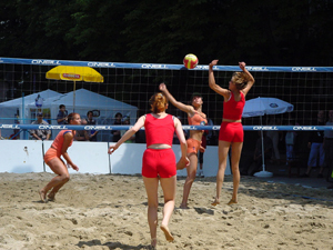 beach-volleyball-1252930-300x225